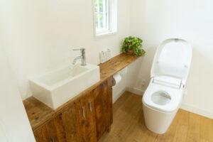 トイレの便器の寿命はどのくらい?便器のひび割れの応急処置の方法についても紹介!