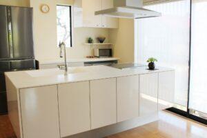 キッチンの排水溝が臭う!原因と対策と予防策