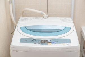 洗濯機の蛇口から水漏れ!原因や修理方法を解説