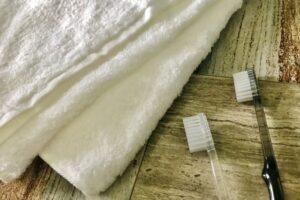 洗面台の黒ずみはなぜ起きる?発生メカニズムと清掃方法解説