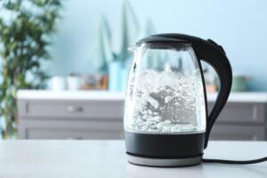 台所のトラブル対処法!濁りや水漏れが起こる原因は?